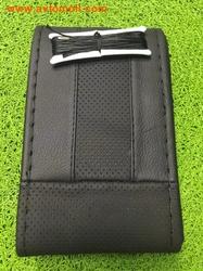 Кожаная оплетка на шнуровке черного цвета