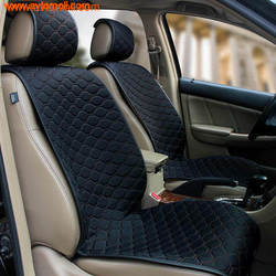 Накидка на сиденье автомобиля из твида черного цвета.